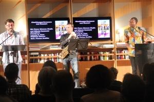 Stéphane Bittoun, Saxophonist Mikalai Zastsenki und Fiston Mwanza Mujila